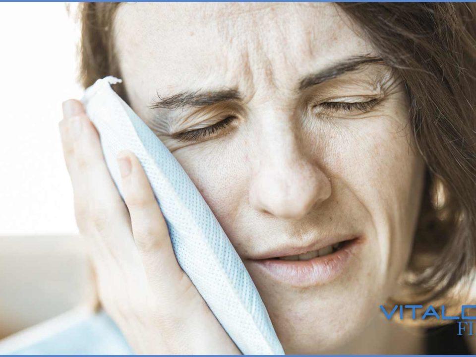 impianto dentale fa male